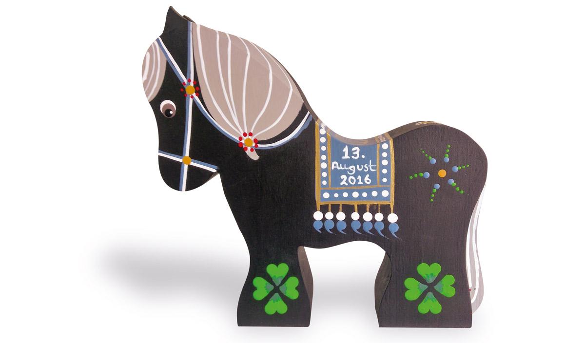 Hest med dato til bryllup, barnedåb eller andre anledninger